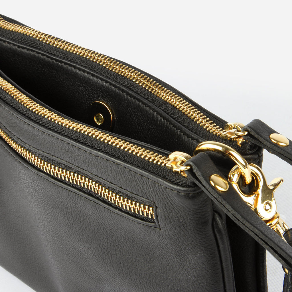 The Essentials Purse Black