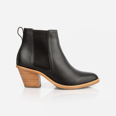 The Heeled Chelsea Boot Black Water Resistant Made To Order
