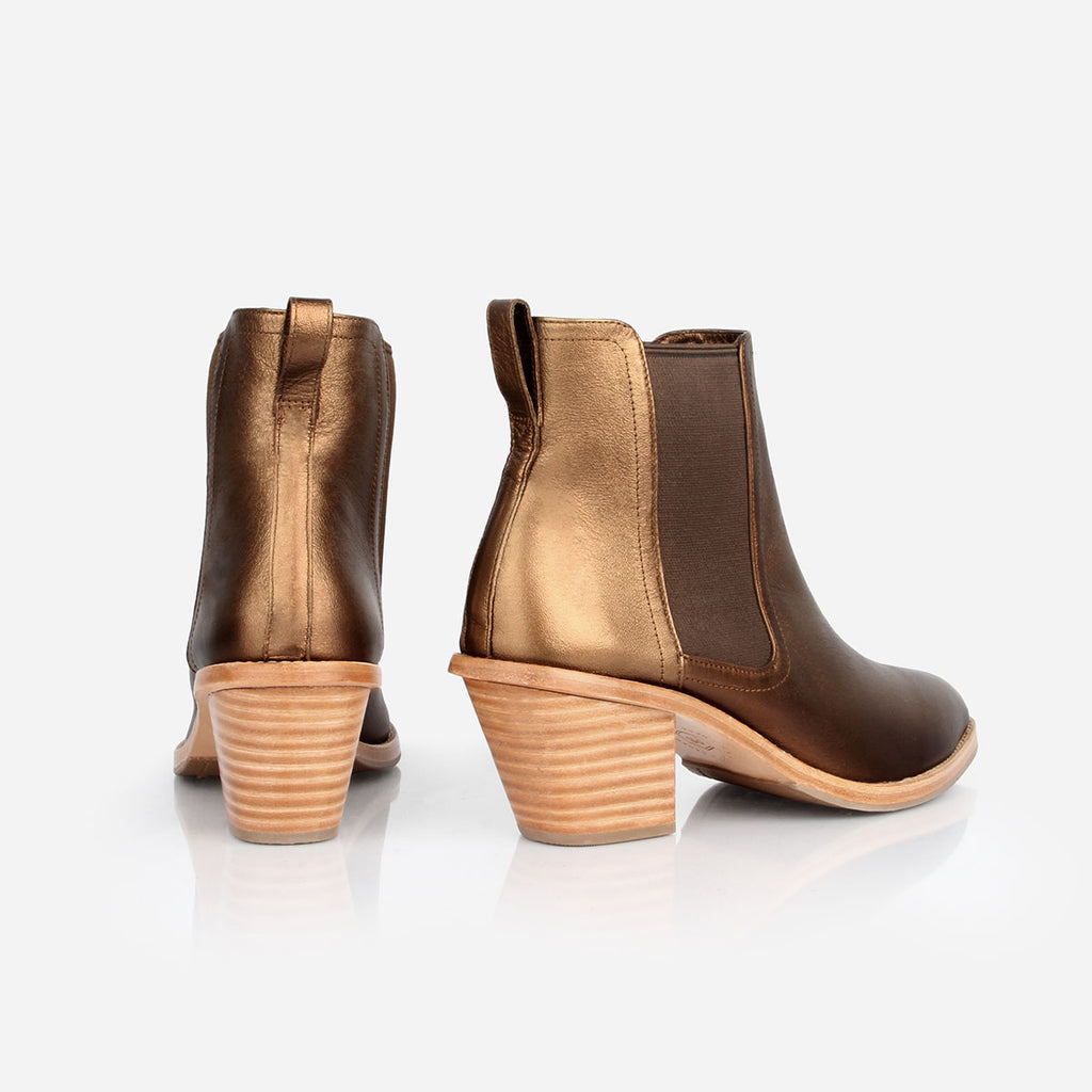 The Heeled Chelsea Boot Bronze Ready to Wear
