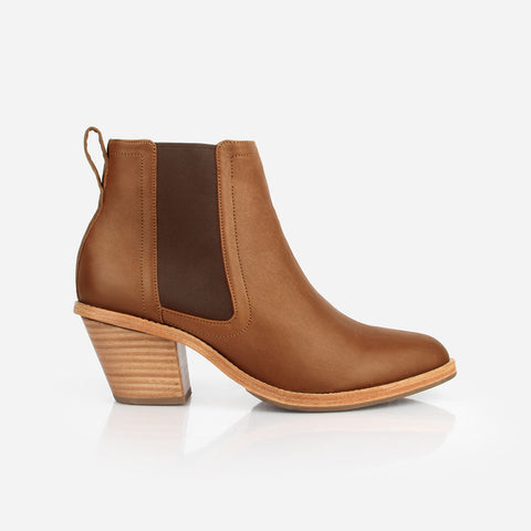 The Heeled Chelsea Boot - tan leather chelsea boot with block heel - Poppy Barley