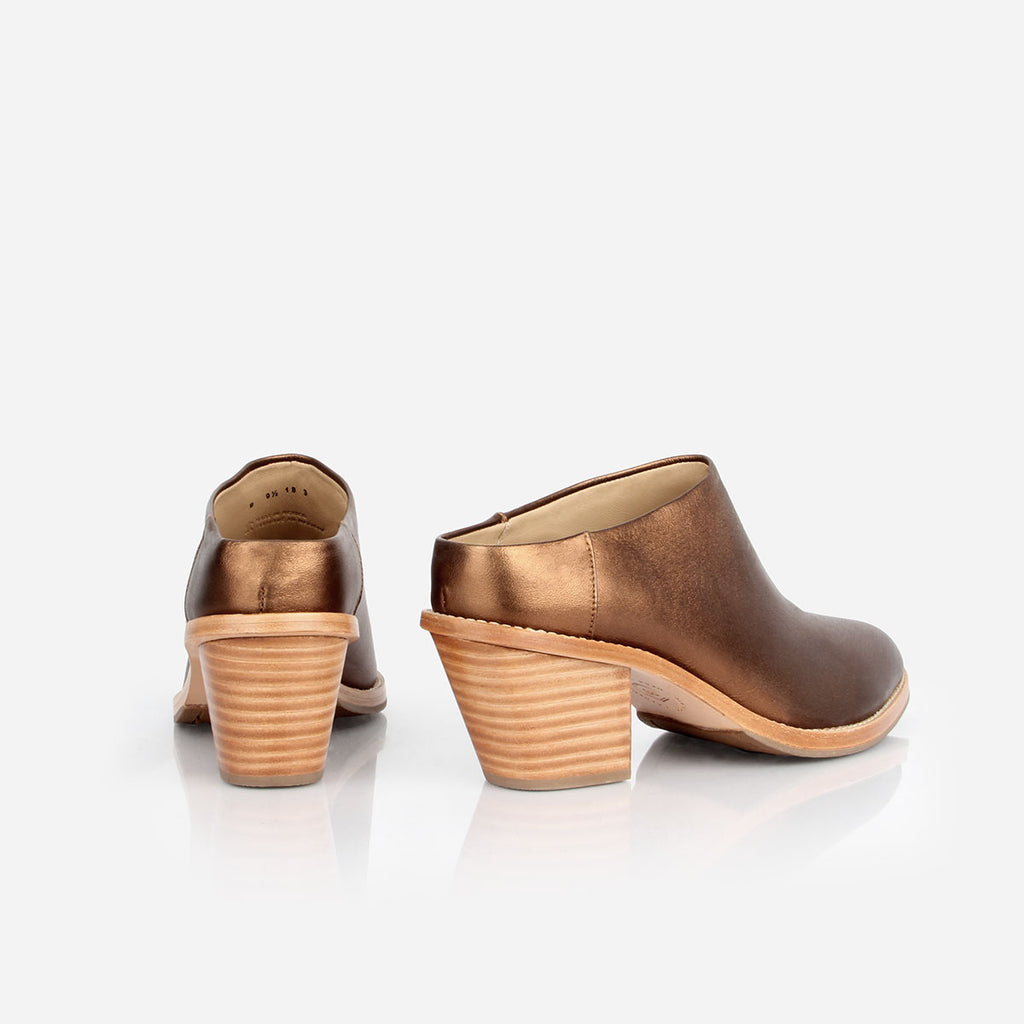 The Heeled Mule - metallic bronze leather closed-toe mule with stacked heel - Poppy Barley