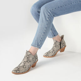 The Two Point Five Ankle Boot Snake Ready To Wear