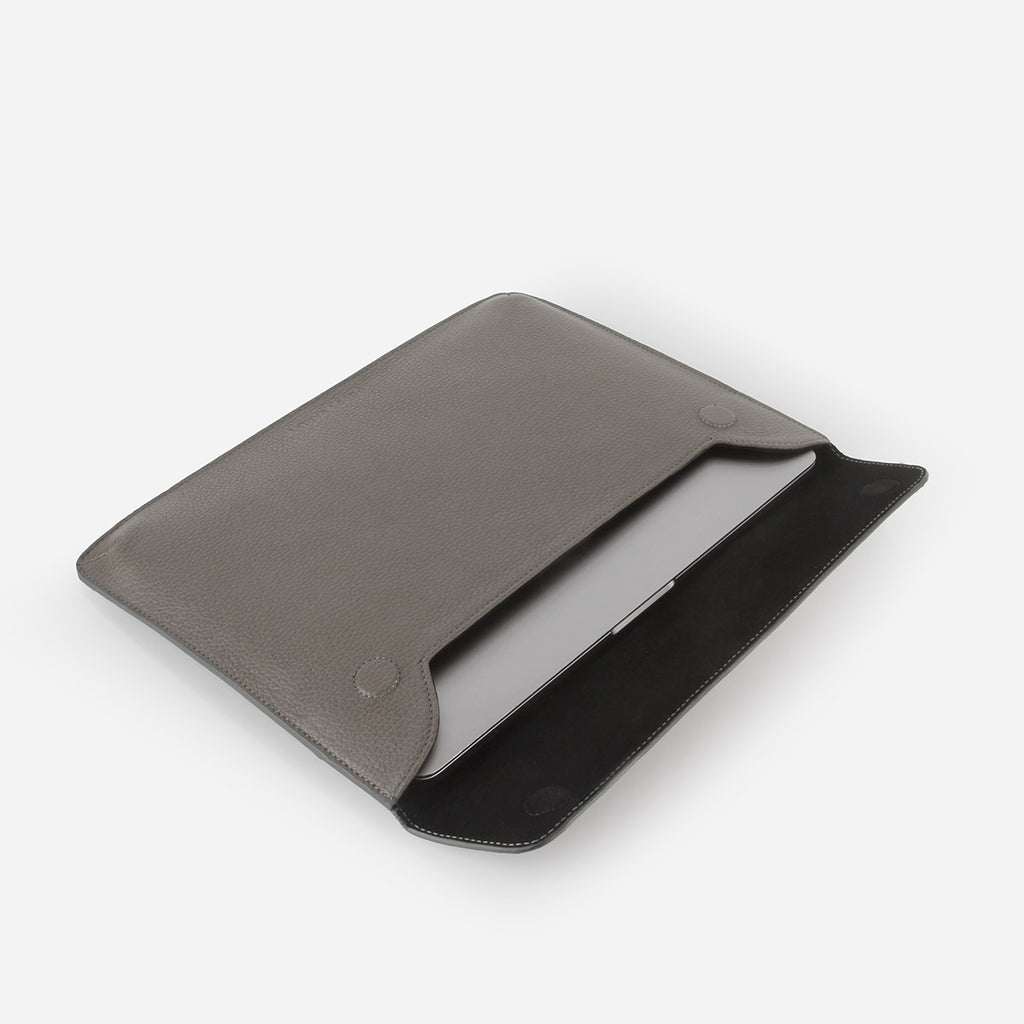 The Laptop Sleeve Smoke Grey Pebble
