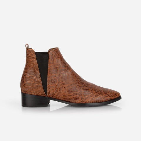 The Low Rise Chelsea Boot 2.0 Brown Snake Ready To Wear