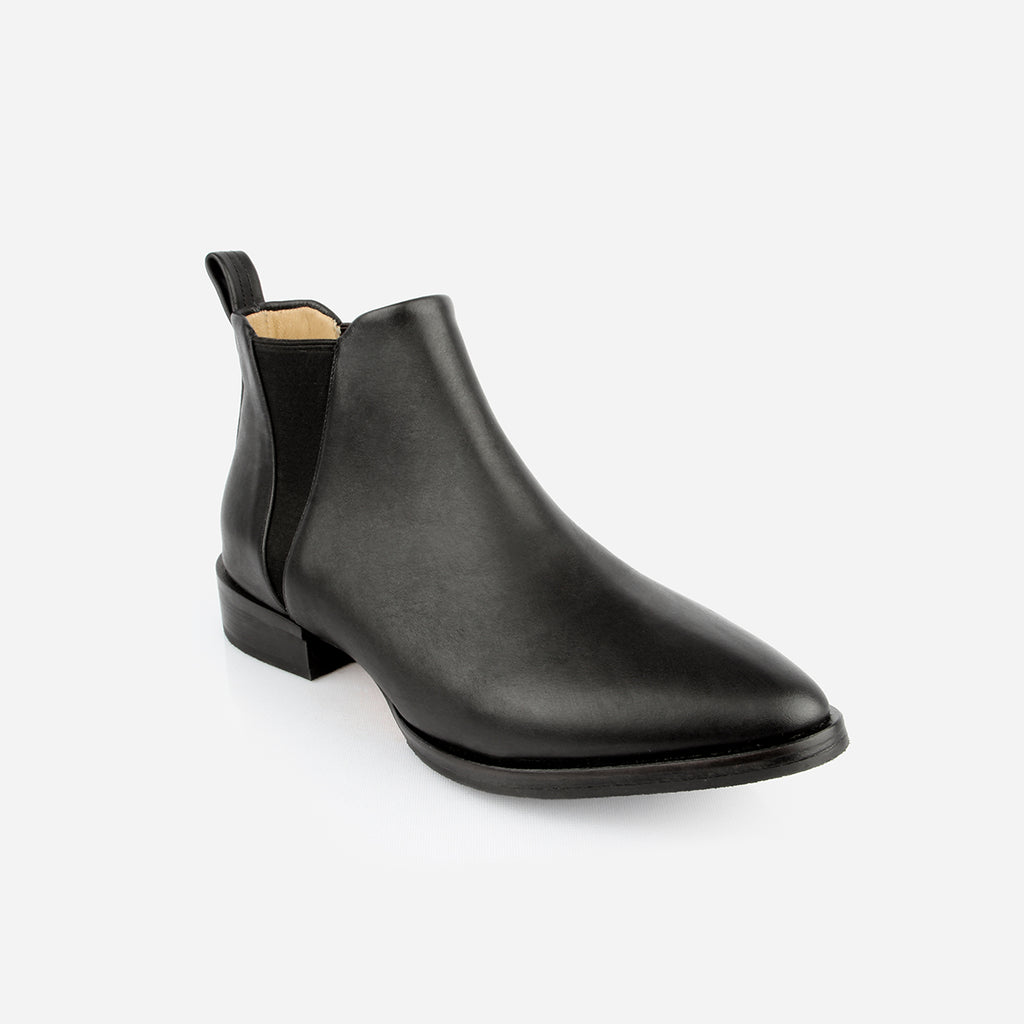 The Low-rise Chelsea - black leather, woman's ankle boot - Poppy Barley