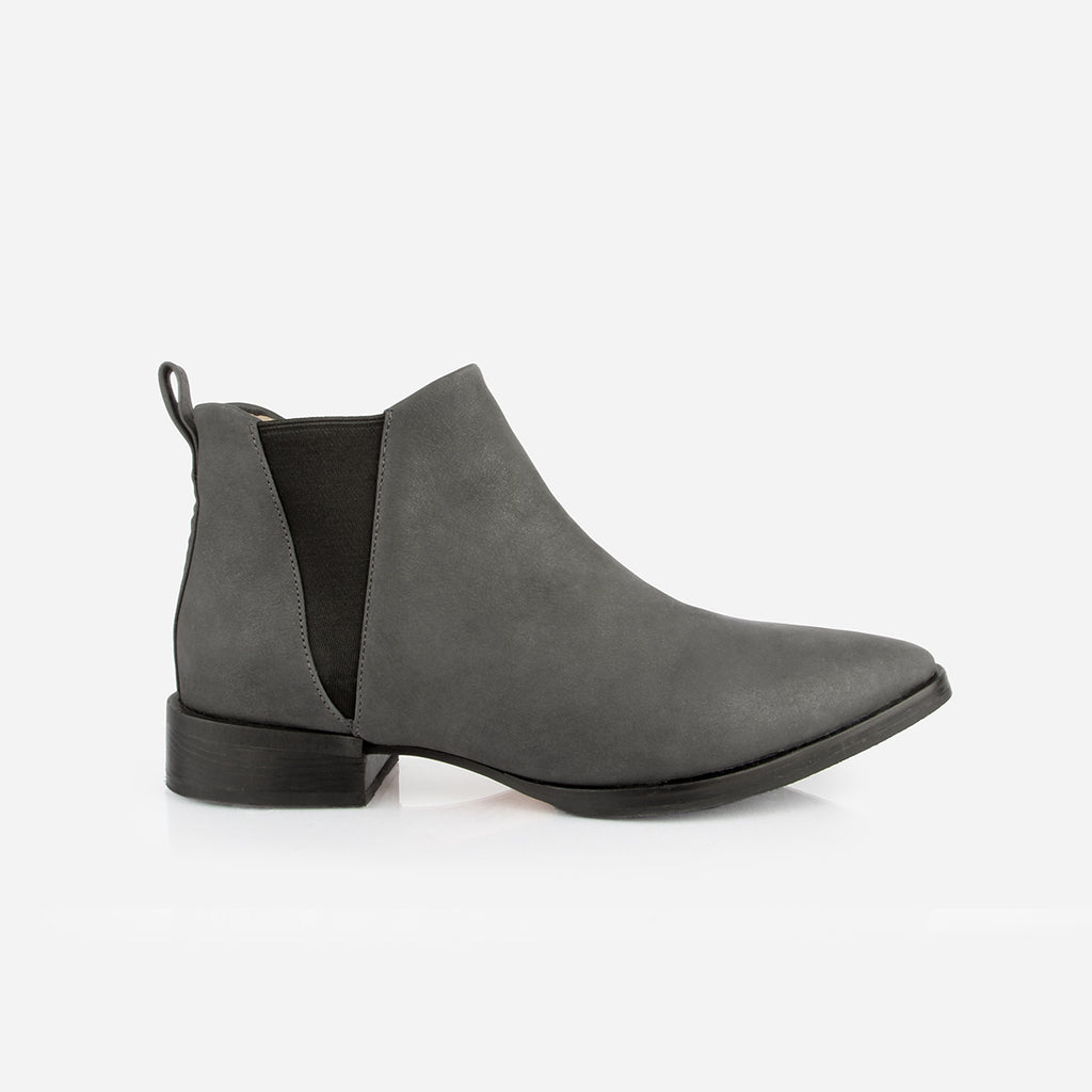 The Low-Rise Chelsea Boot Gotham Grey Made To Order
