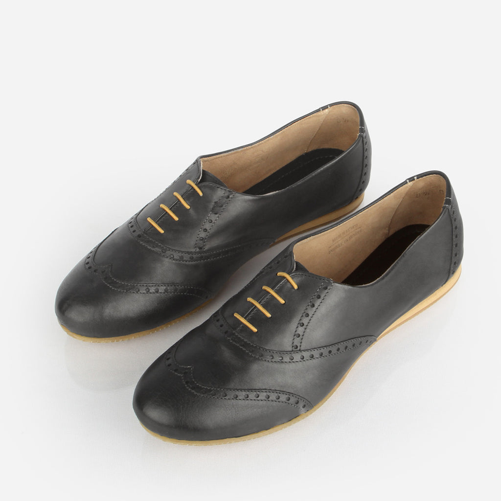 The Soft Oxford - black leather womens oxford round toe - Poppy Barley