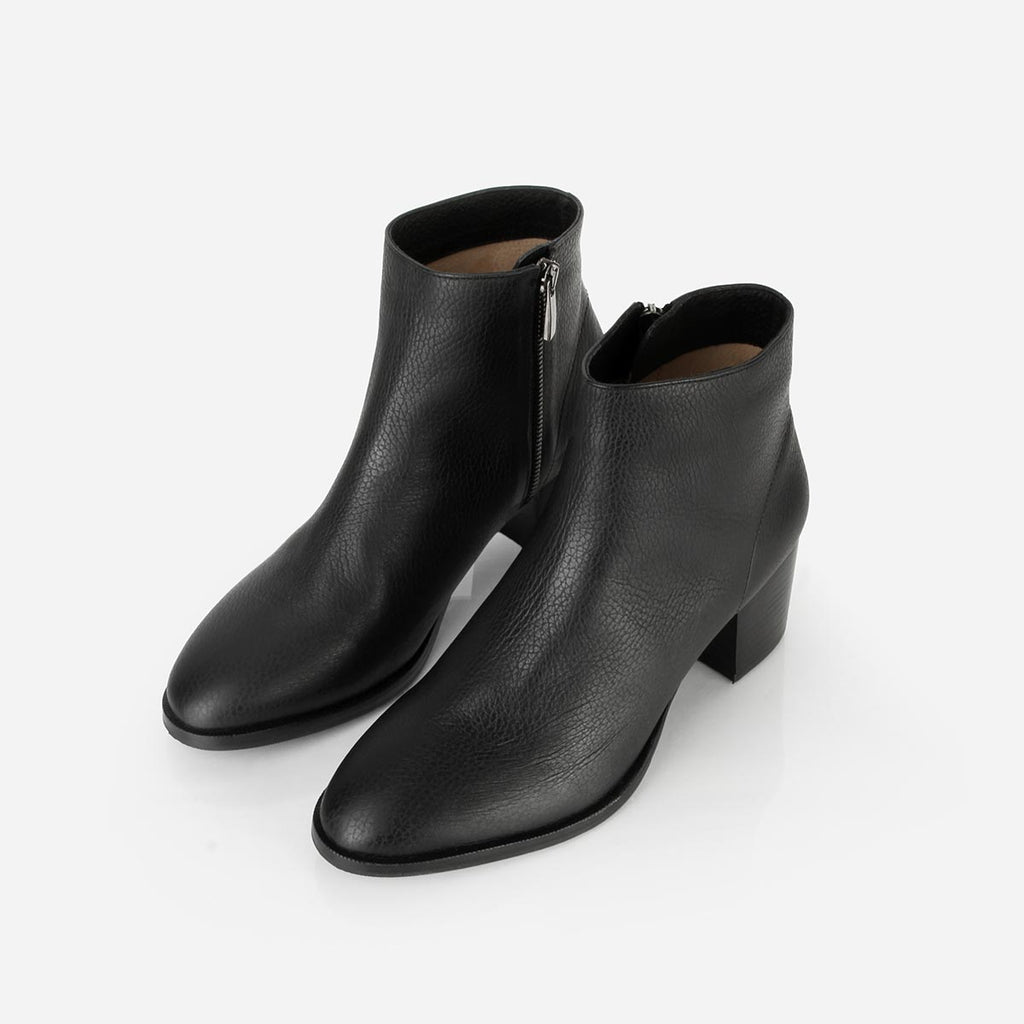 The Nines Boot Black Pebble Ready To Wear