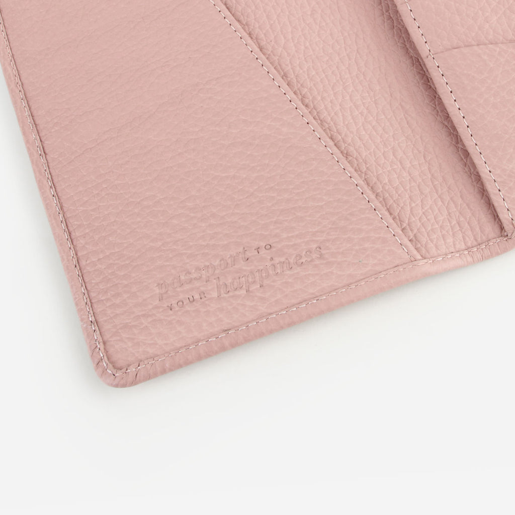 The Voyager Passport Holder Blush