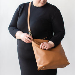 The Weekend Tote Caramel Pebble