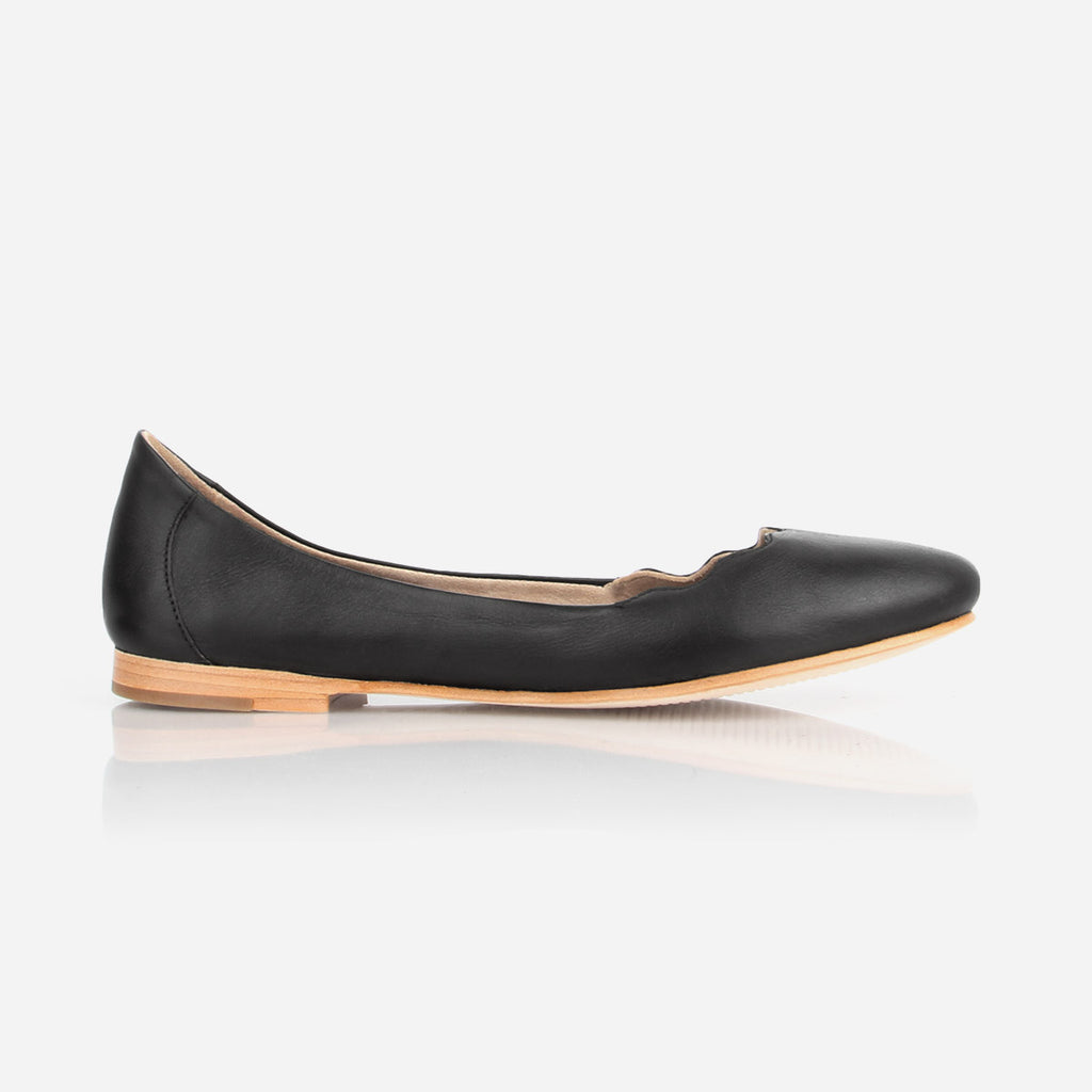 The Yaletown Ballet Flat -  black leather scallop flat - Poppy Barley