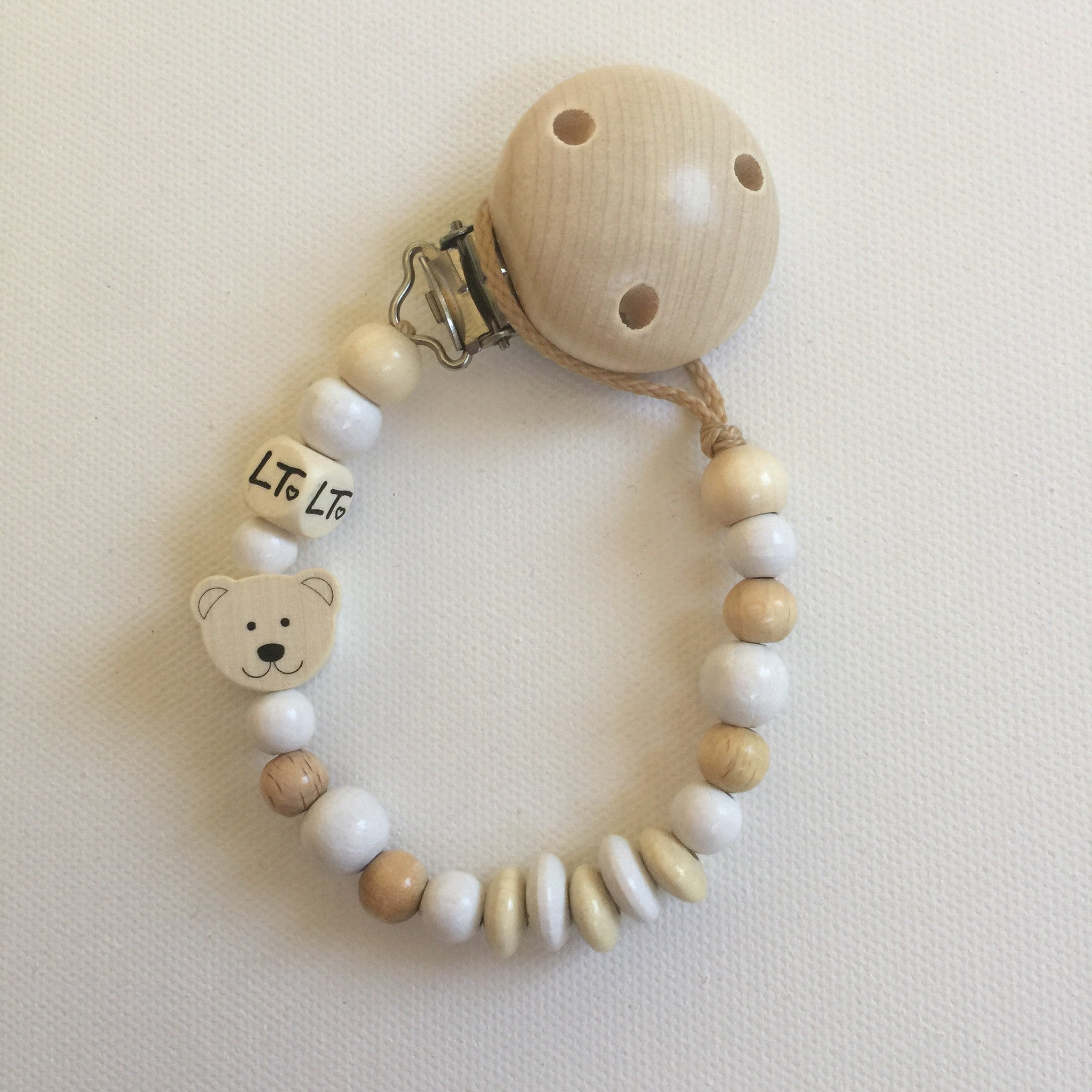 Everyday essential wooden soother chain - lunastreasures