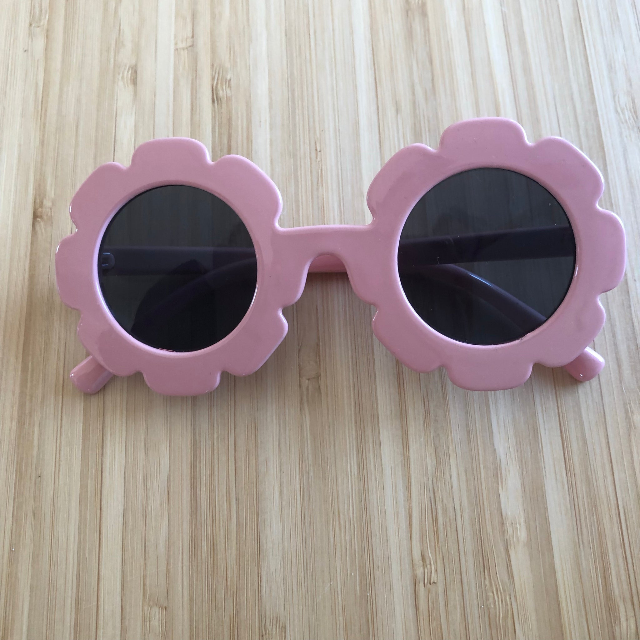 FLOWER kids sunglasses UV 400 (safety tested) various colours - lunastreasures