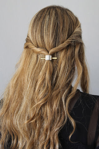 The small classic pony cuff & pendant| wynsomestudios.com | Easy Half-Up Hairstyle for Wavy Hair