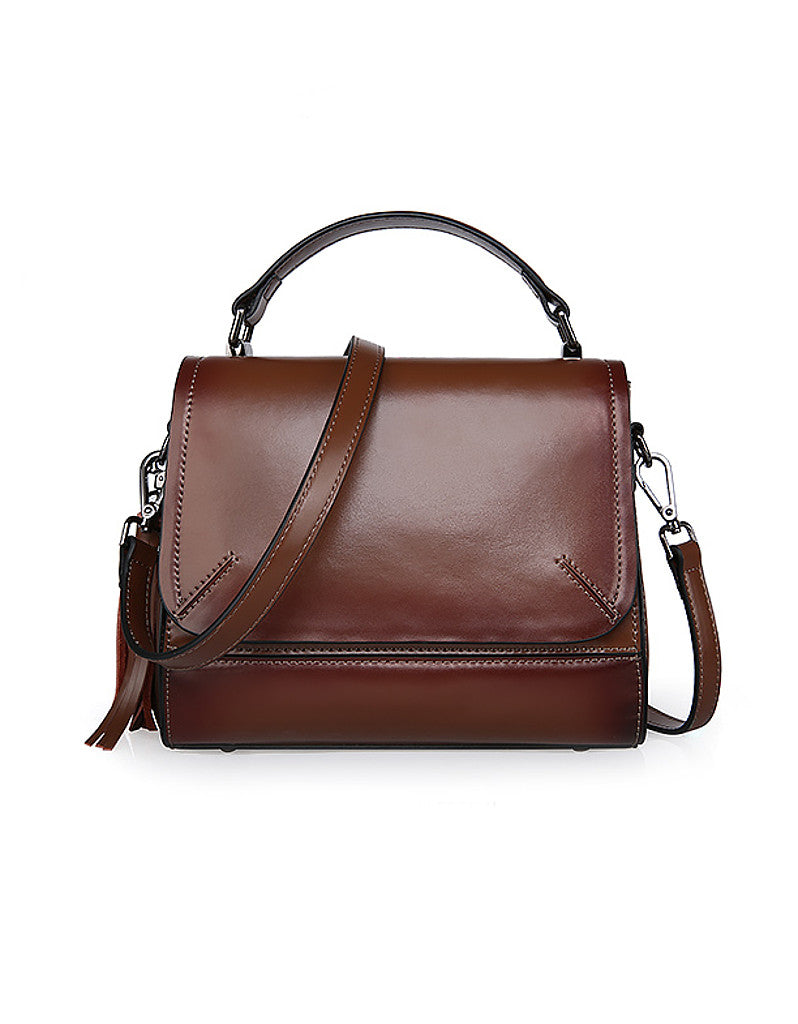 Genuine leather shoulder bag with front flap and tassle (more colours)