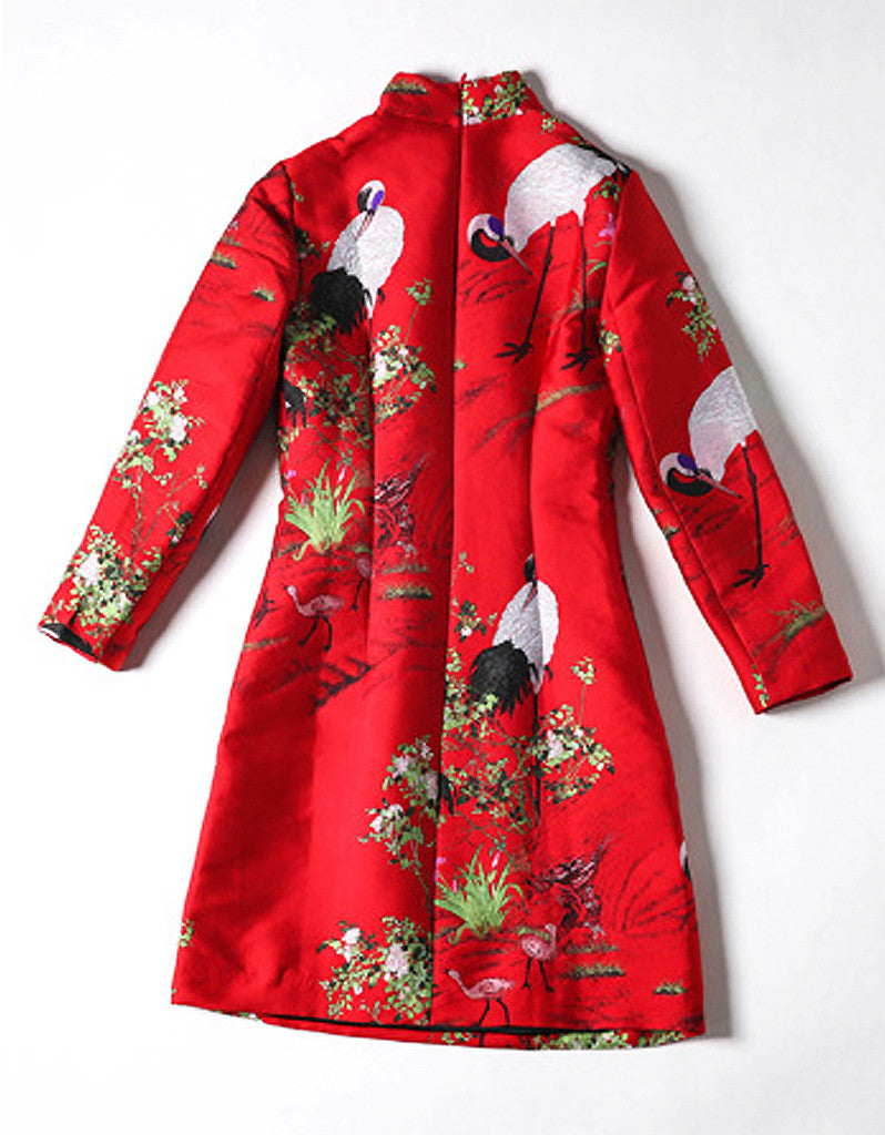 Long-sleeve tailored embroidered cheongsum (More colours)