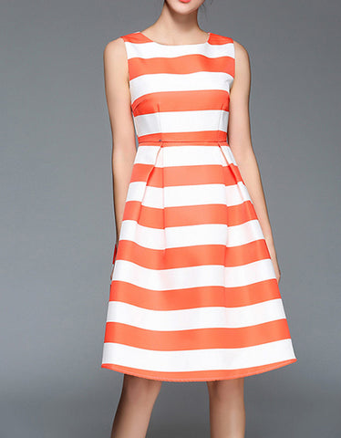 Dress with crisscross back