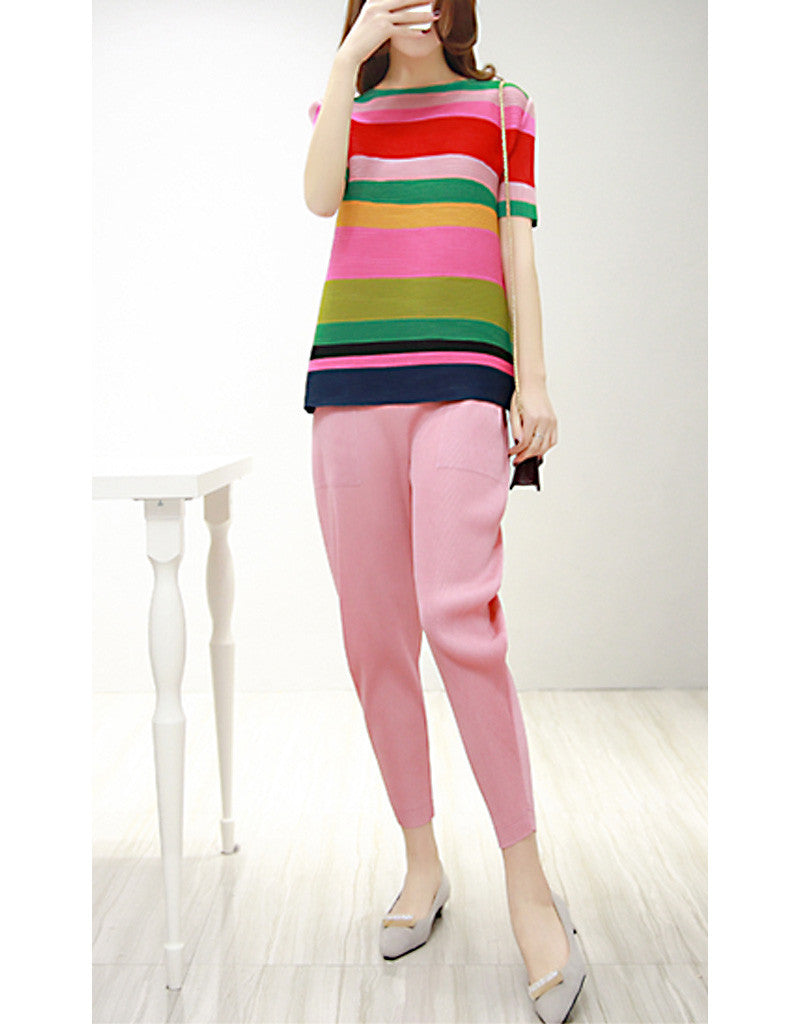 Multi-coloured short sleeve top with pants