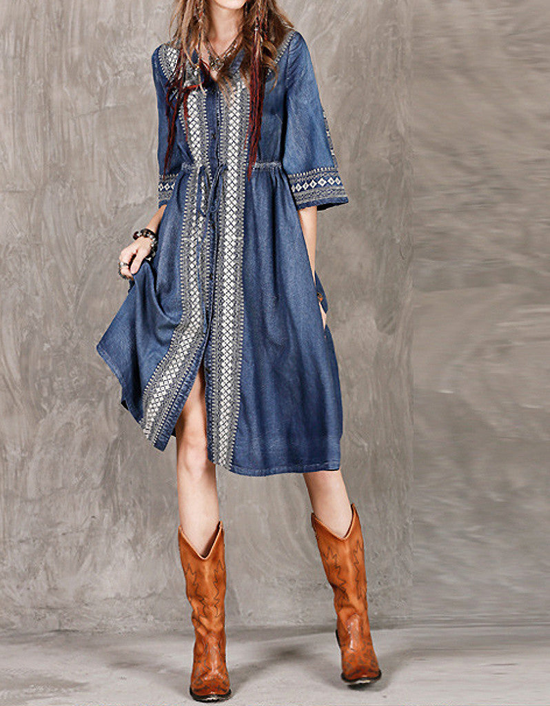 Mid-length sleeved front embroidery denim dress