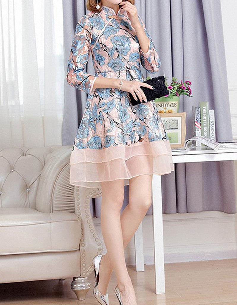 Mid-length sleeve short cheongsum with sewn-on sequins
