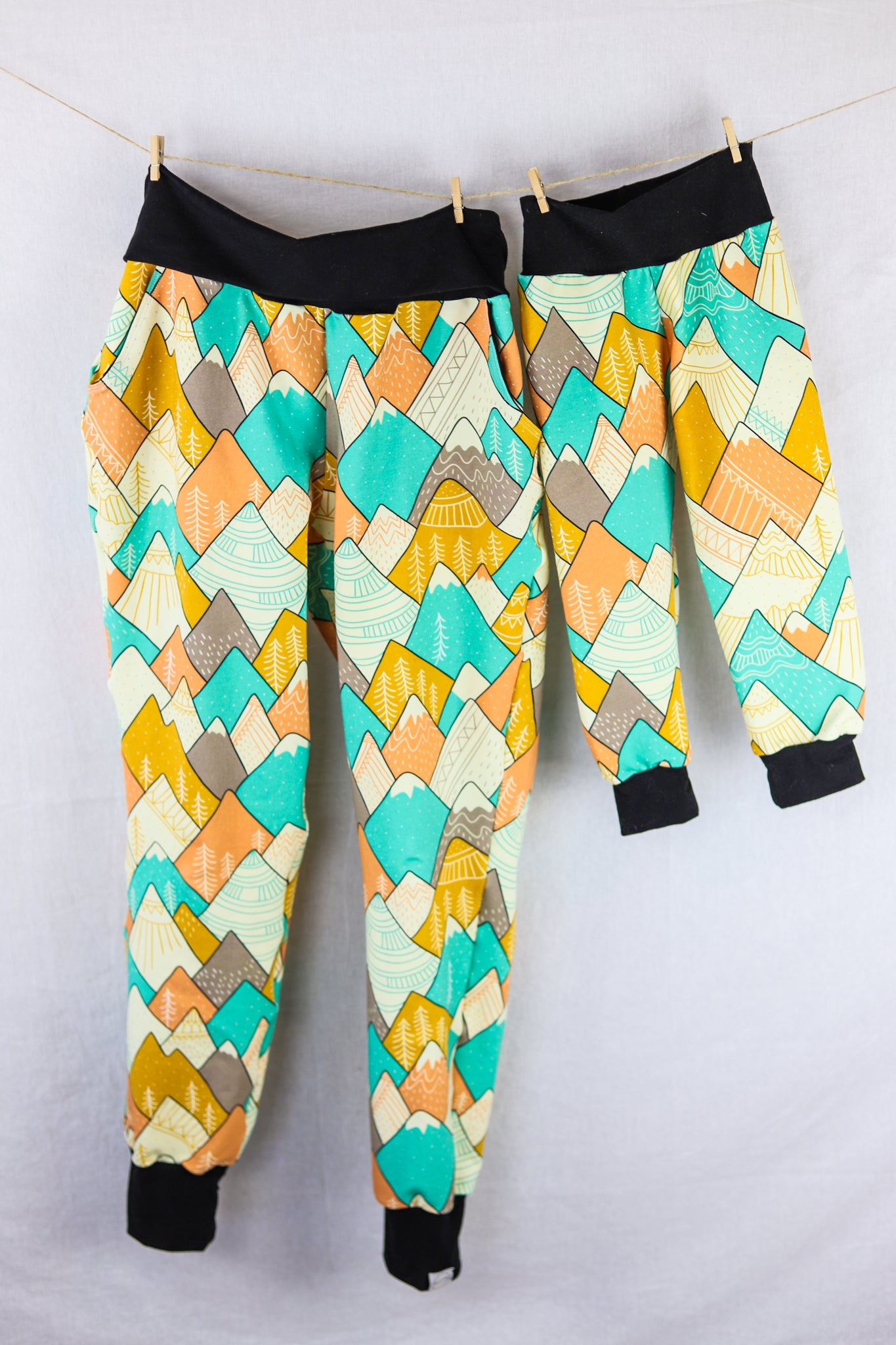 Spring Fling Mountain Kids Joggers