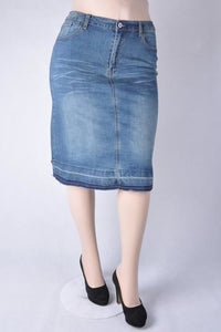 Plus Denim Pencil Skirt (Vintage Wash) - - Plus Skirt