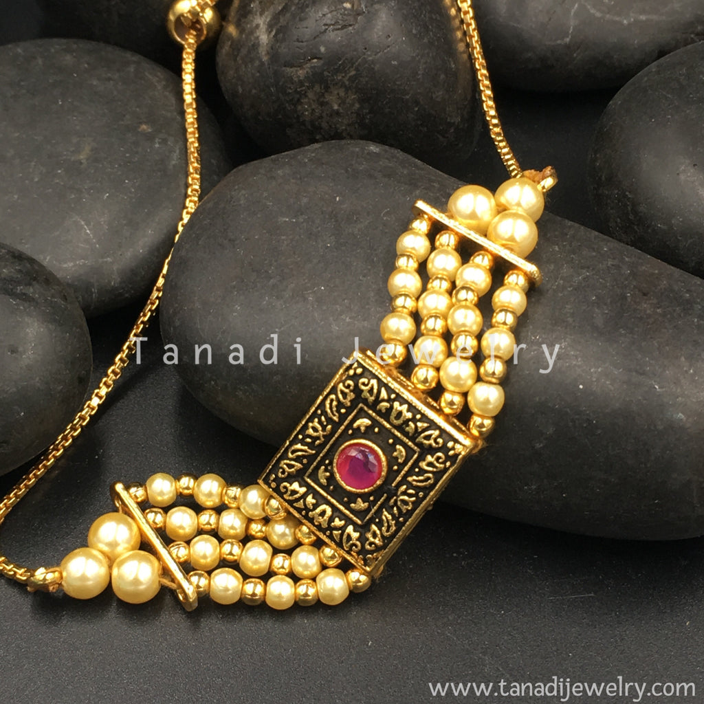 make-asian-black-and-gold-stone-nude