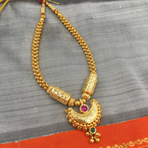 PTH - Weaved Chandrakor Pendant thusshi with cylinders