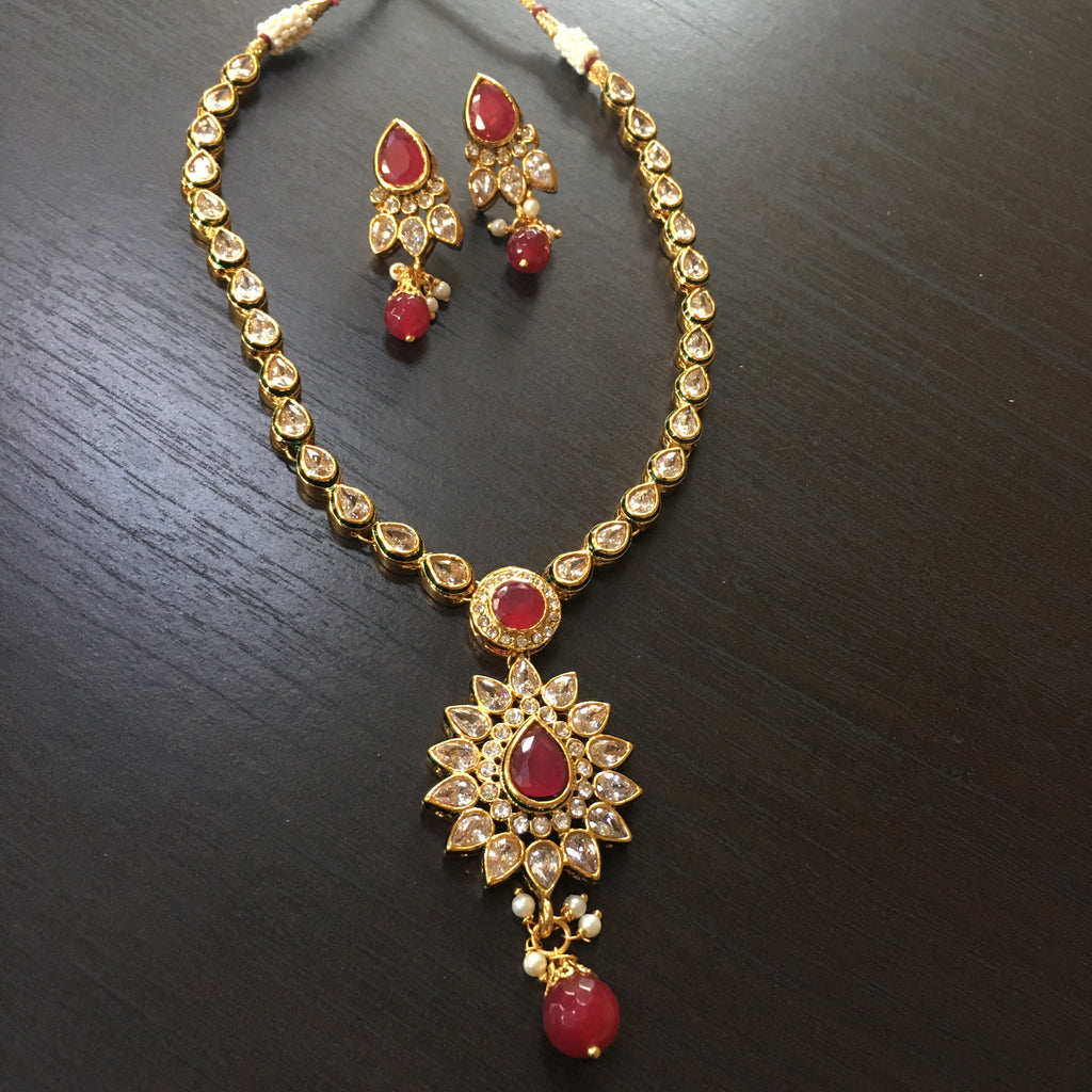 Kundan delicate necklace with red stone
