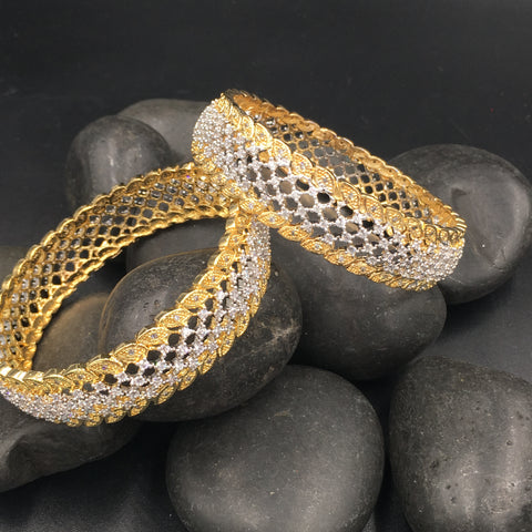 Silver/Golden Bangles - Set of 2 Bangles