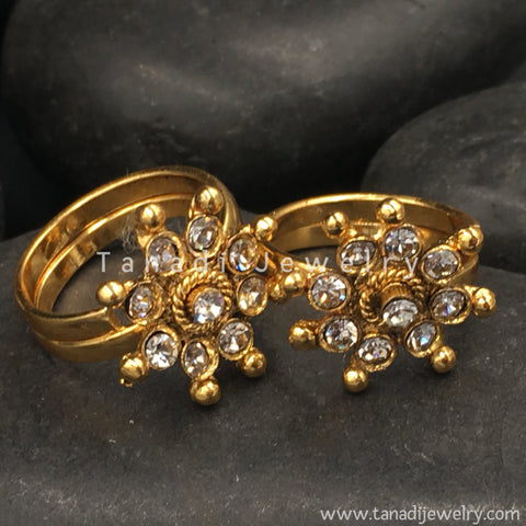 Golden Toe Rings with White Stones