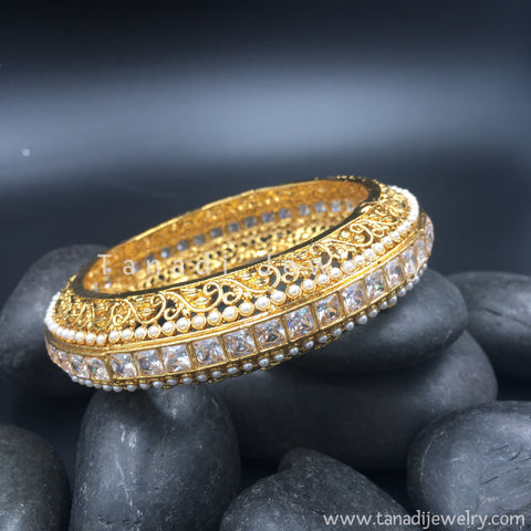 Golden Kada with White Stone Line