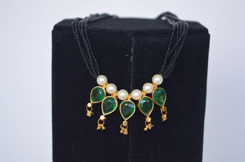 KOPM - 5 pearl pendants with mulit-colored stones and Moti