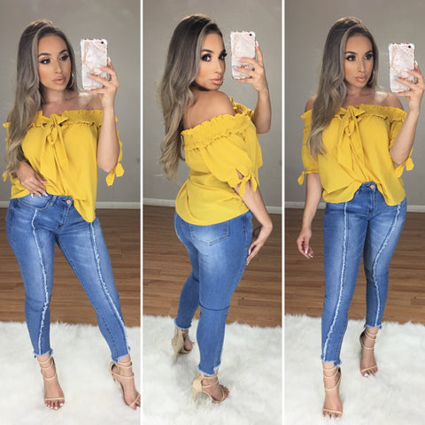 Carmin Off the Shoulder Top (Mustard)