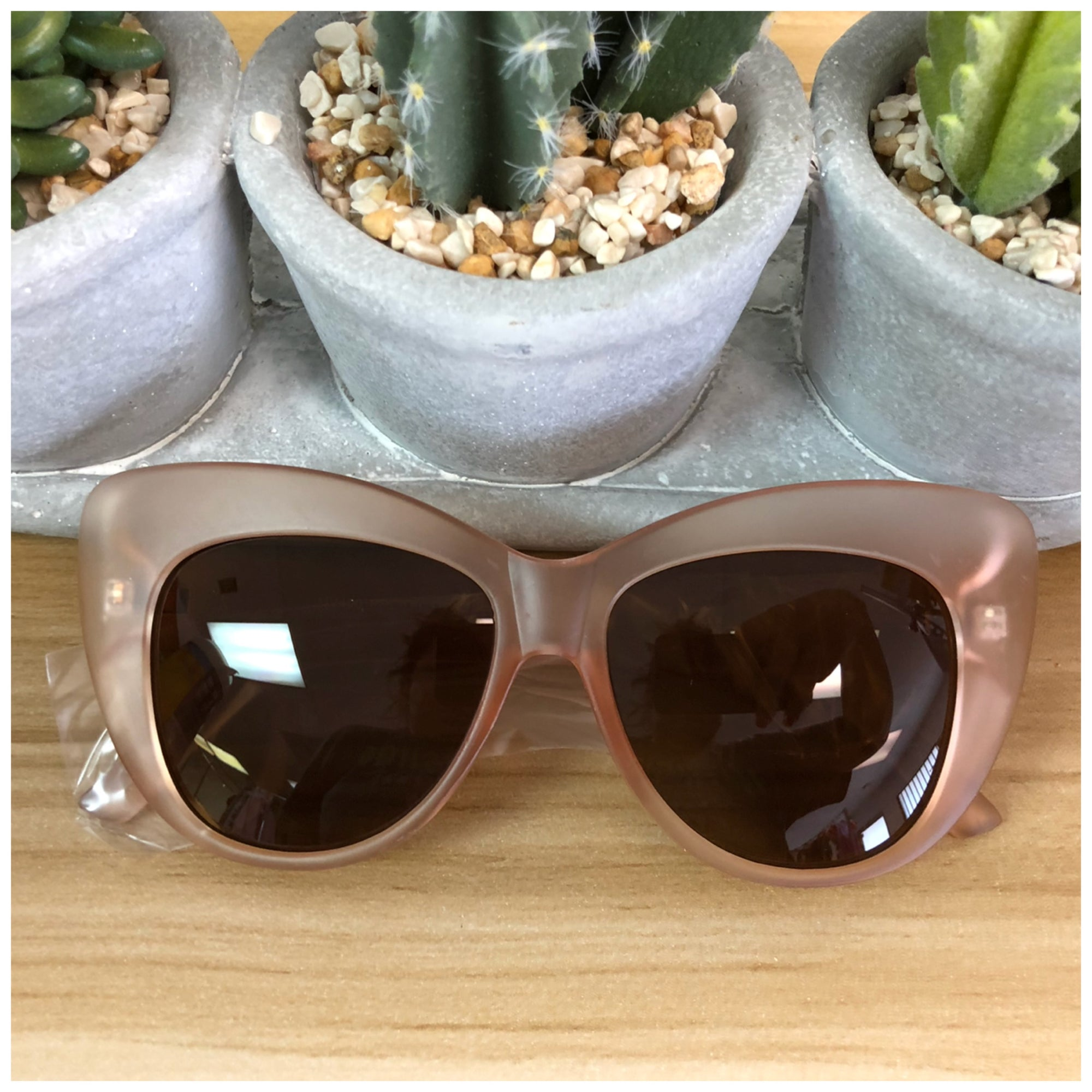Wide Over Size Cat Eye SunGlasses (Matte Pink)