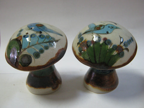 Ken Edwards Mushroom Salt and Pepper Shaker set