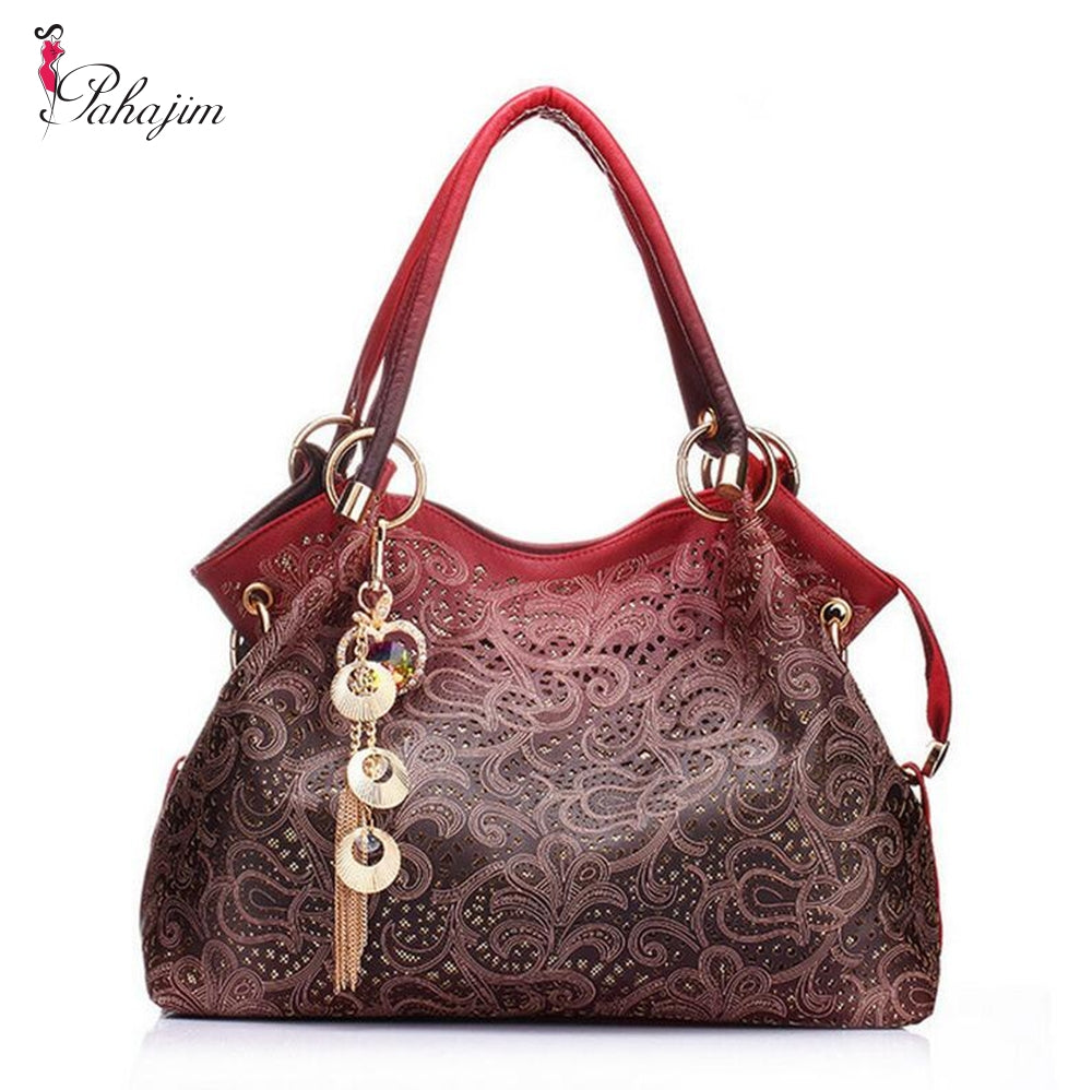 780b4f92c2b Hot Brand 2018 women messenger bags beautiful Women Handbag fashion printing  Flowers bag sweet women bag Dropshipping
