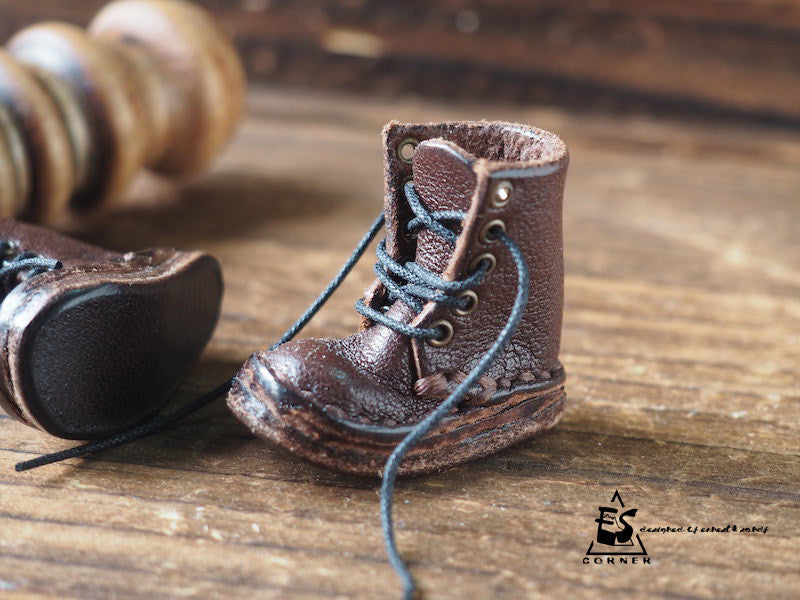 🔨👞 MINIATURE LEATHER BOOTS IN 1/6 SCALE! #DARK BROWN