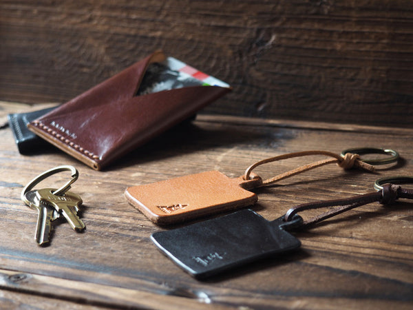 ES Corner Handmade Leather Kitchen Cutting Board Keychain Black Natural Nude with card holder Brown
