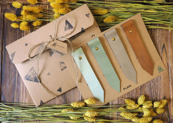 Natural Plain Handmade Leather Bookmark Holiday Gift Set Light Green Dim Grey Brown | ES Corner
