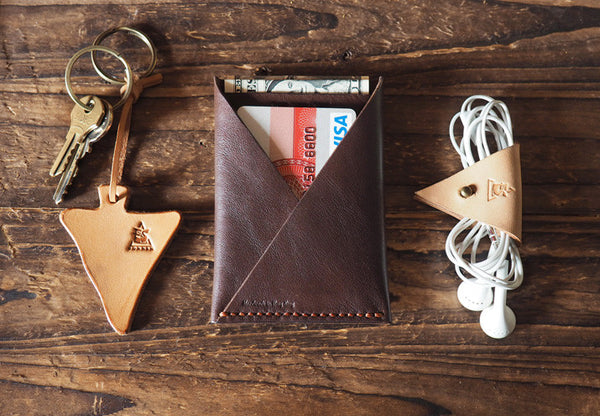ES Corner Leather Cord Holder Earphone keeper dark brown Minimal Slim card wallet keychain