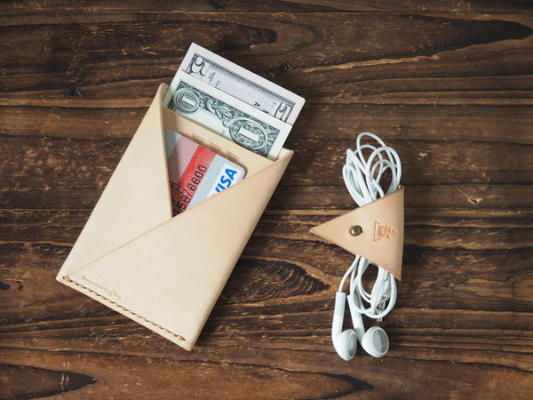 ES Corner Leather Cord Holder Cord Organizer Cord keeper Natural nude minimal slim card wallet