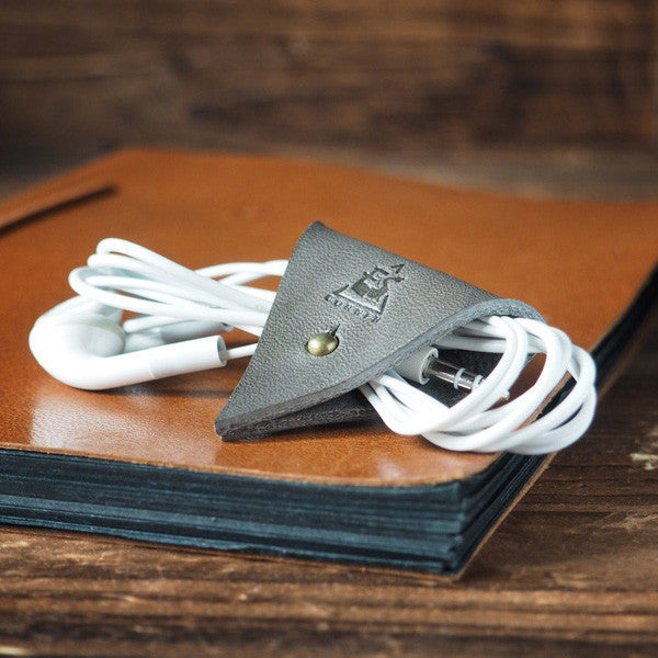 ES Corner Leather Cord Holder Cord Organizer Earphone Headphones keeper Grey Color