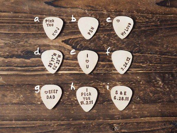 ES Corner Handmade Personalized Leather Guitar Pick with Engrave Name Initial GPS Coordinates Minimal Style