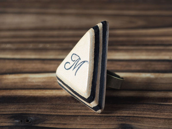ES Corner Handmade Personalized Leather Initial Ring Monogram Accessories Triangle shape Minimal Style Black Natural Nude