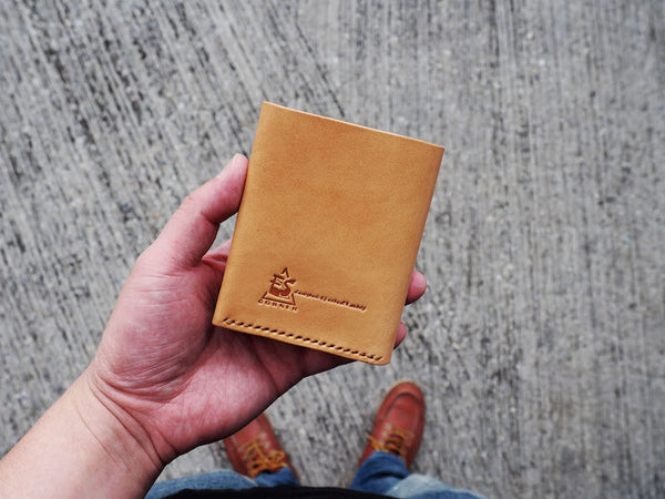 Mens wallet Slim billfold wallet great gift for everyday carry leather accessories Natural Nude Light Brown | ES Corner