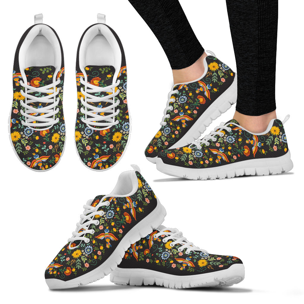 Women's Embroidery Pattern Sneaker