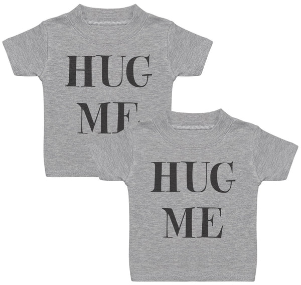 Hug Me Twins Baby T-Shirt Twin Set