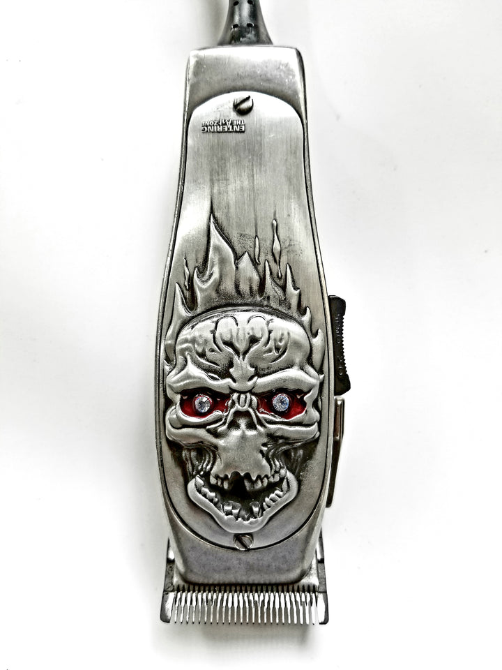 Silver Andis Masters 3D Fire Skull with Stone Clipper lid - Hiki10 Collection