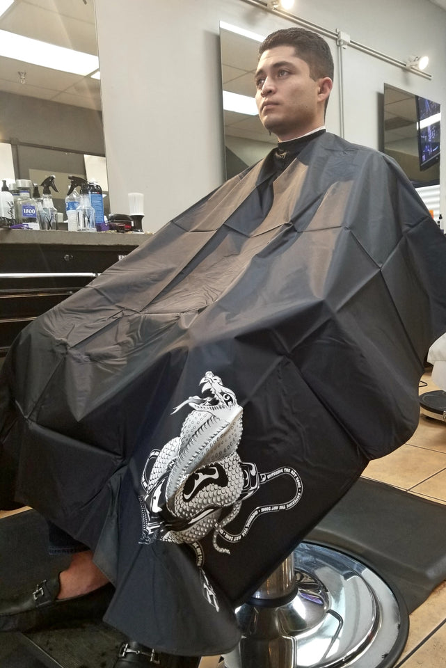 All Purpose Cobra Cape. Perfect for Shampoo/Cutting